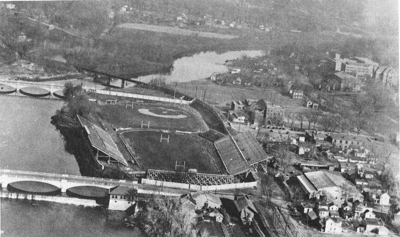 1920-OldIowaField
