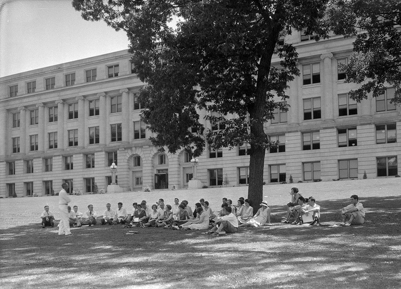 1925-jessup-universityhallkent