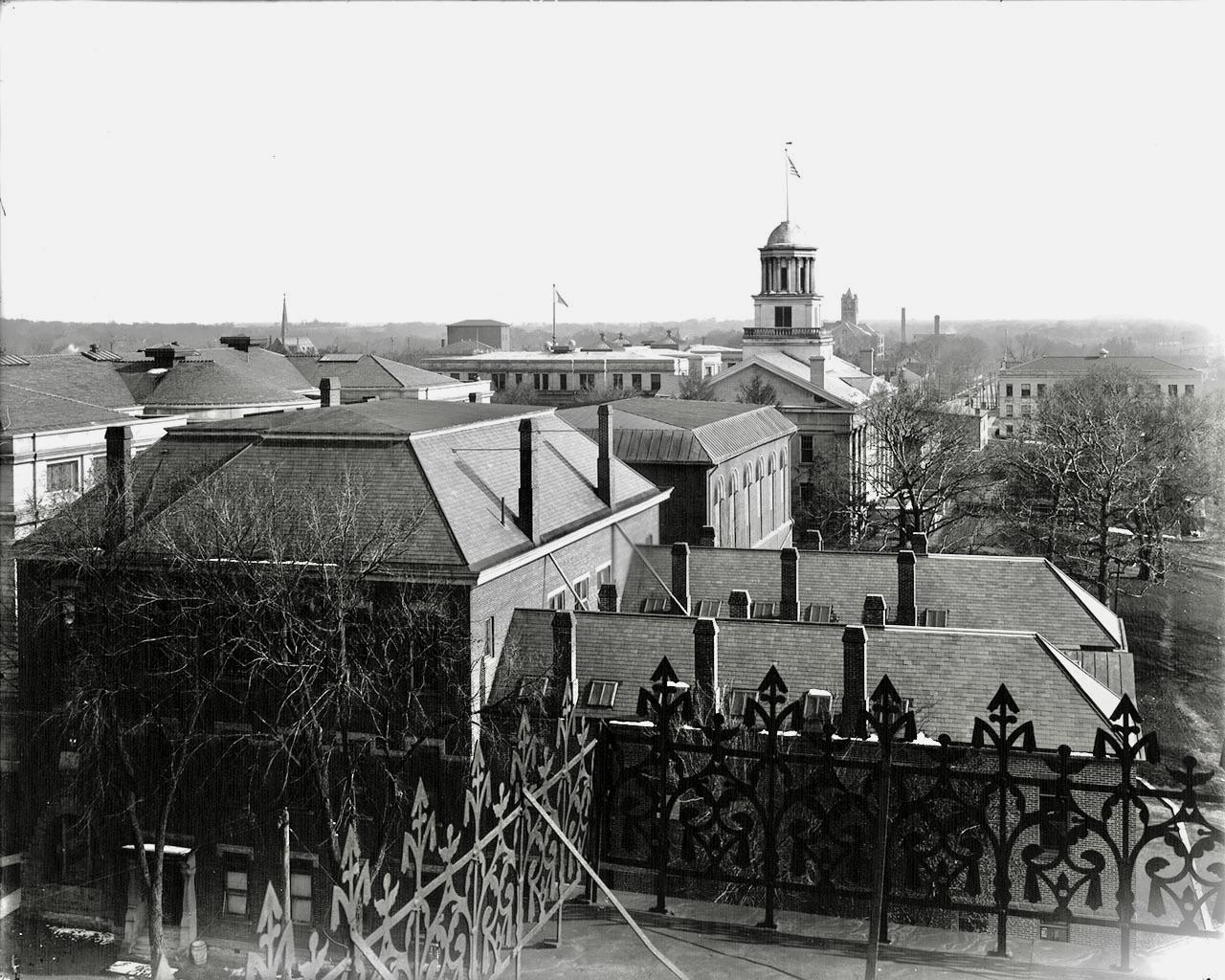 10-1907pentacrestfromcalvinhall